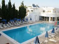 Paleos Hotel Apartments, 3*