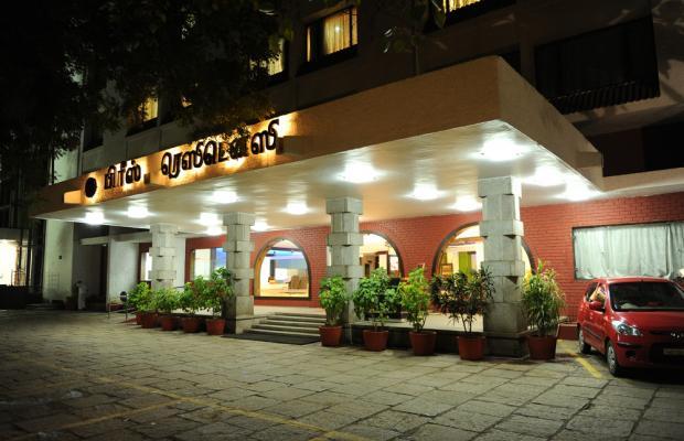 фотографии отеля Breeze Residency изображение №27
