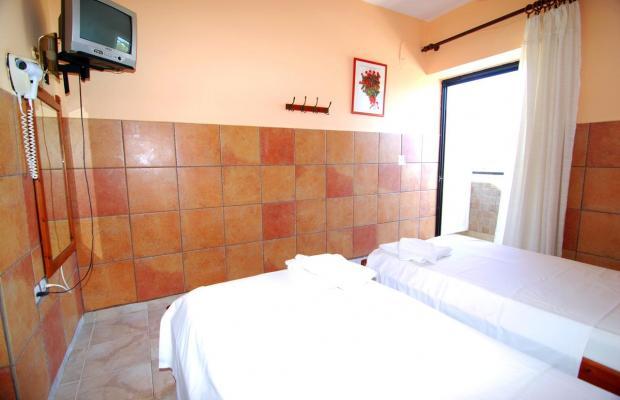 фото Chrysoula Hotel & Apartments изображение №6