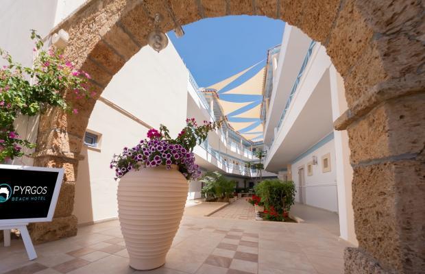 фотографии Pyrgos Beach изображение №36