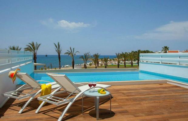 фото отеля King Evelthon Beach Hotel & Resort изображение №125