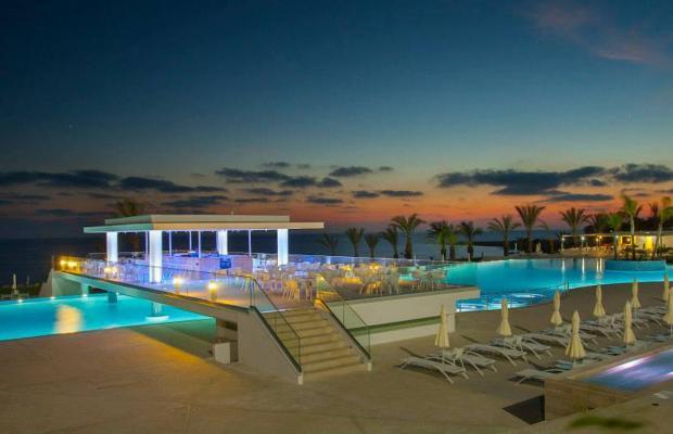 фото отеля King Evelthon Beach Hotel & Resort изображение №85