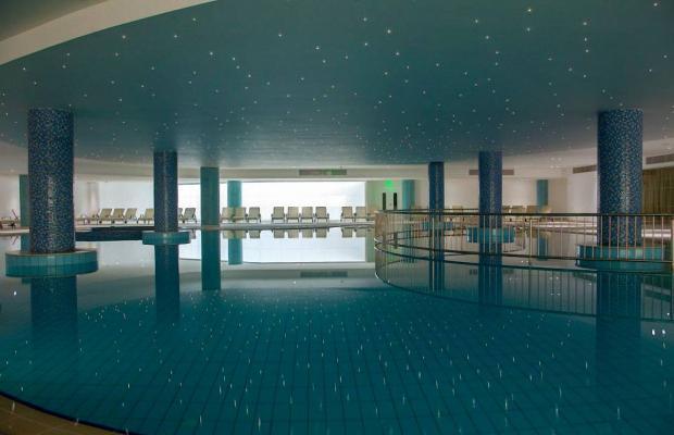 фото отеля King Evelthon Beach Hotel & Resort изображение №45