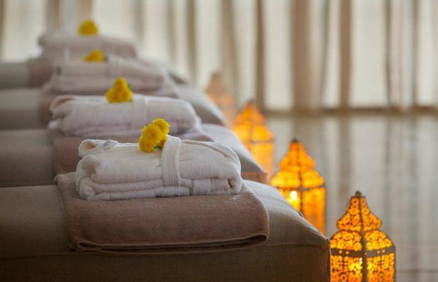 фото отеля King Evelthon Beach Hotel & Resort изображение №21