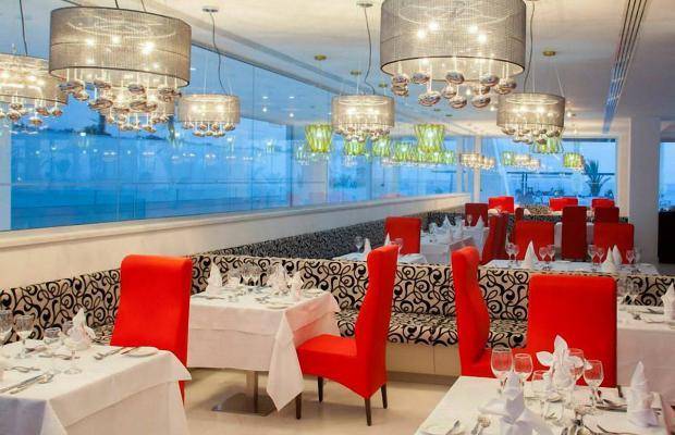 фото отеля King Evelthon Beach Hotel & Resort изображение №17