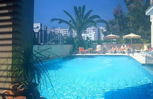 фотографии отеля Chrielka Hotel Suites изображение №7