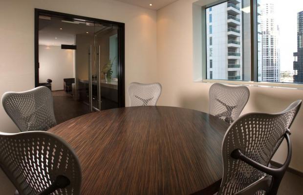 фото Pullman Dubai Jumeirah Lakes Towers Hotel and Residence изображение №10