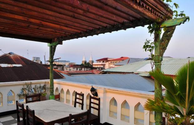 фото Dhow Palace Hotel  изображение №6