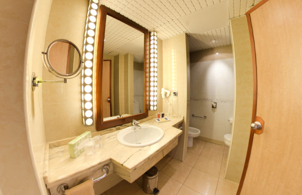 фото SBH Crystal Beach Hotel & Suites изображение №14