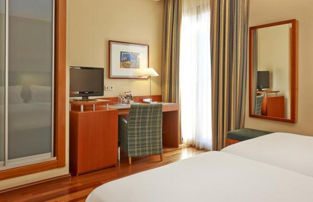 фото отеля NH Barcelona Centro (ex. NH Duc de la Victoria) изображение №17