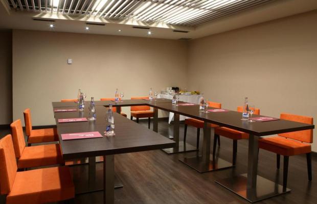 фото отеля Villa Olimpic@ Suites изображение №21
