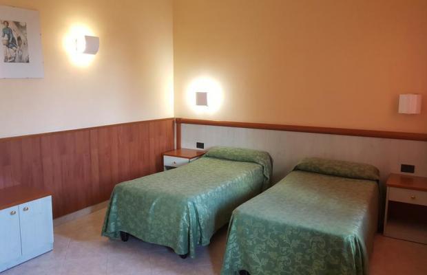 фото Laurence Hotel изображение №10