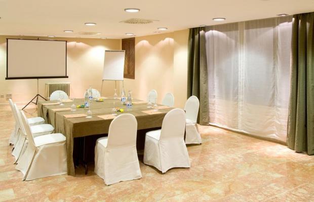 фото отеля NH Califa изображение №9