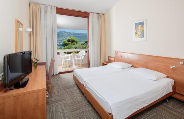 фотографии отеля Tirena изображение №11