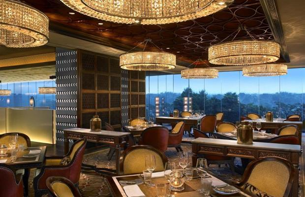 фото The Leela Ambience Gurgaon Hotel & Residences (ex. The Leela Kempinski Gurgaon) изображение №26