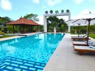 Cocoon Resort & Villas, 4*