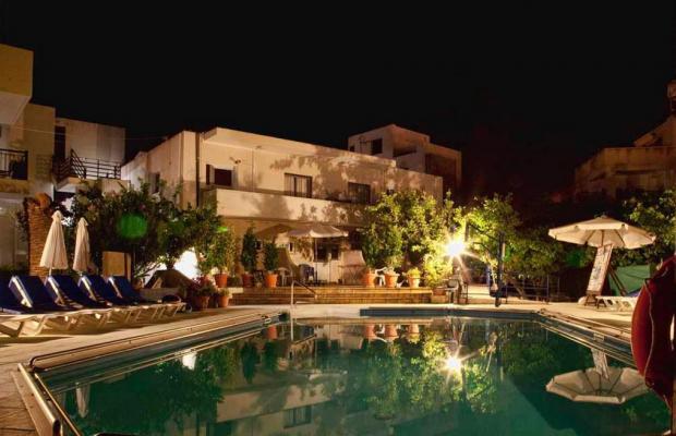 фотографии отеля C & A Tourist Apartments изображение №7