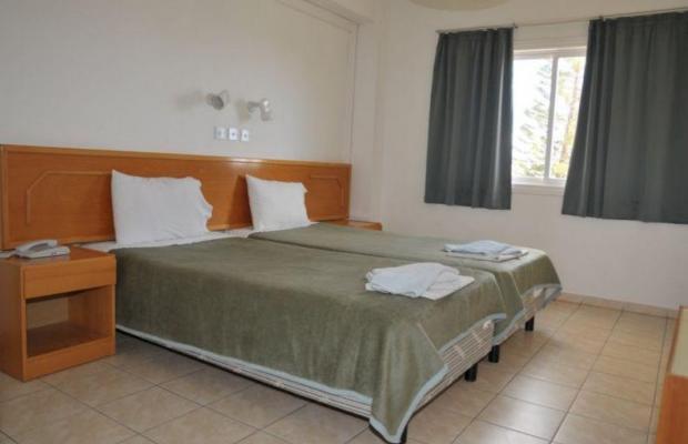 фото DebbieXenia Hotel Apartments изображение №6