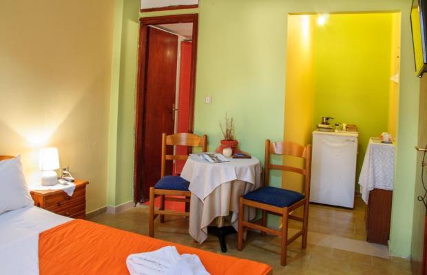 фото отеля  Christos Rooms (ex. George & Christos) изображение №5