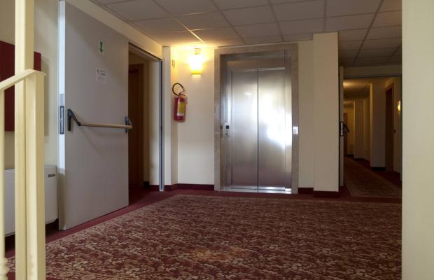 фото отеля International Hotel изображение №17