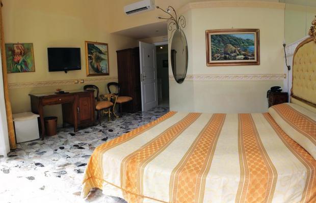 фото отеля B&B Suite Galleria Umberto изображение №13