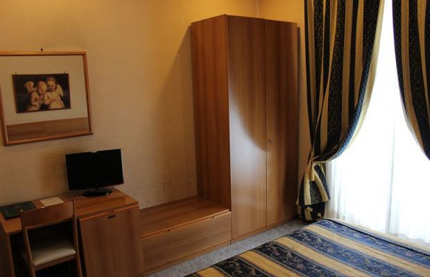 фото Dependance Hotel Dei Consoli изображение №18