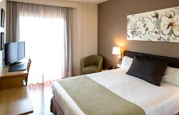 фотографии отеля Catalonia Albeniz изображение №23