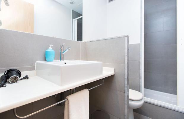 фото AinB Las Ramblas Colon Apartments изображение №38