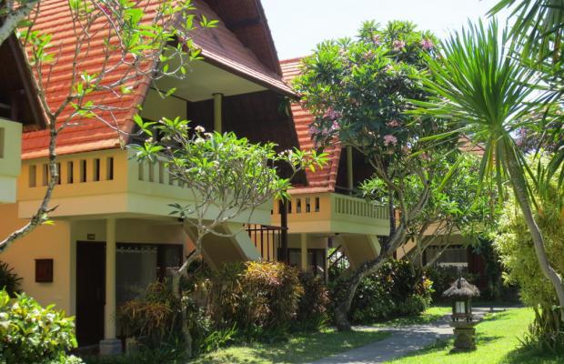 фото отеля Besakih Beach Hotel изображение №1