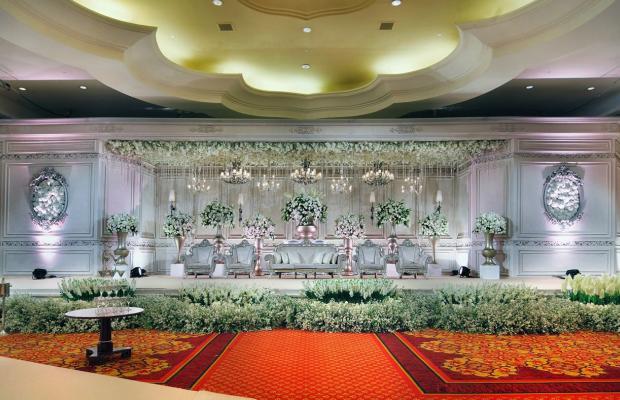 фото Ritz-Carlton Jakarta Mega Kuningan изображение №2