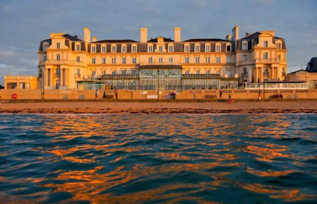 фото отеля Le Grand Des Thermes изображение №1