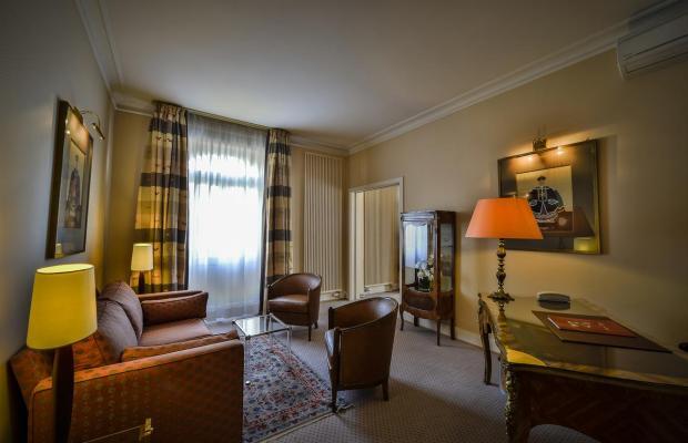 фотографии отеля Maison Rouge изображение №23