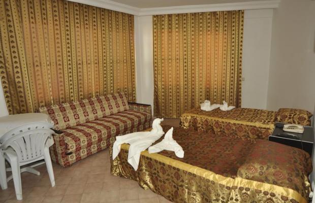 фото Gold Twins Suit изображение №26
