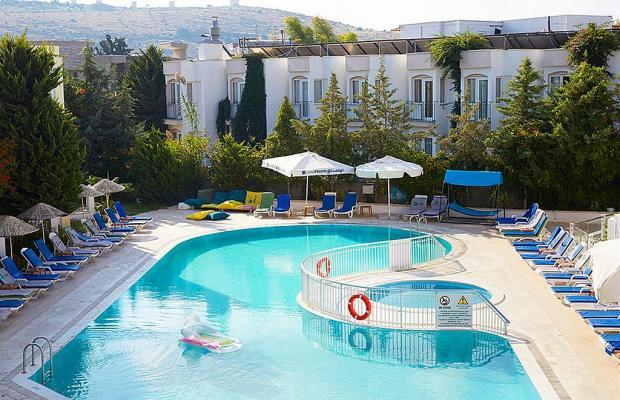 фото Serpina Hotel изображение №30