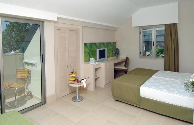 фото отеля Ambassador Hotel (ex. Ambassador Plaza) изображение №9