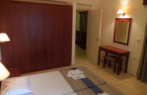 фотографии отеля Niros Beach Apartments изображение №15