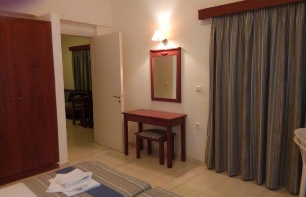 фотографии отеля Niros Beach Apartments изображение №11