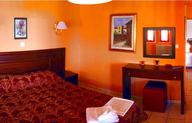 фото отеля Polychrono Beach изображение №5