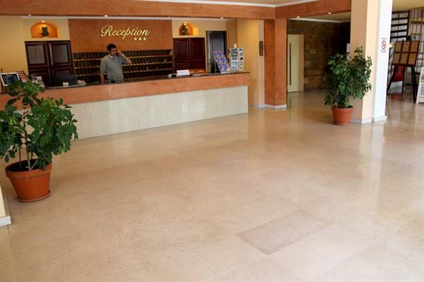 фотографии отеля Constantin Hotel изображение №3