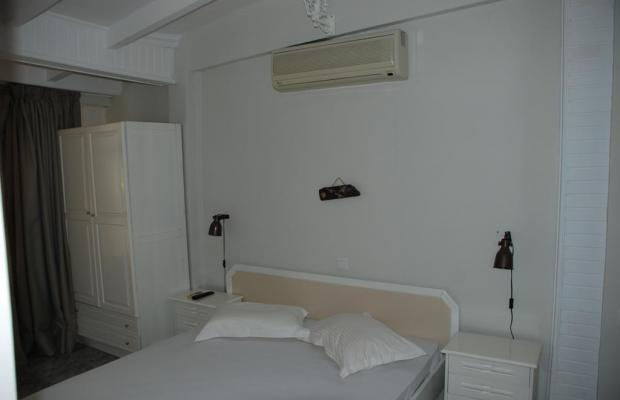 фотографии Diaporos Hotel изображение №12