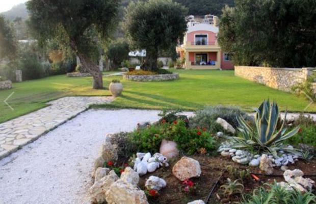 фотографии отеля Beachfront Barbati Villa 3 изображение №3