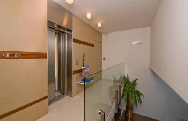 фото отеля Adoral Boutique Hotel (ex. Adoral Hotel Apartments) изображение №37