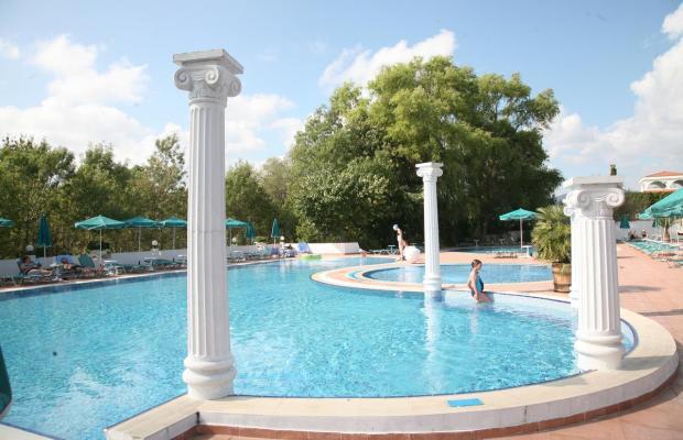 фото отеля Holiday Village (Холидей Вилладж) изображение №1