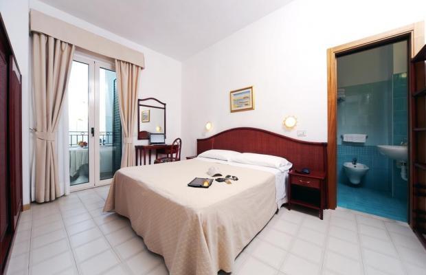 фотографии отеля Hotel Ulisse изображение №7