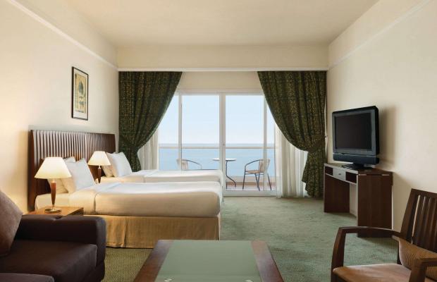 фотографии Ramada Beach Hotel (ex. Landmark Suites Ajman; Coral Suites) изображение №20