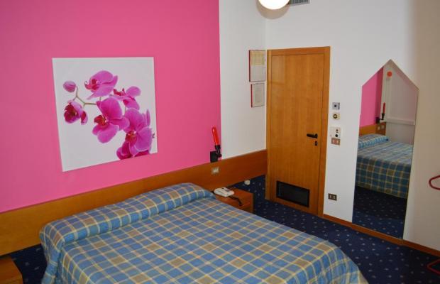 фотографии отеля Azzurra изображение №3