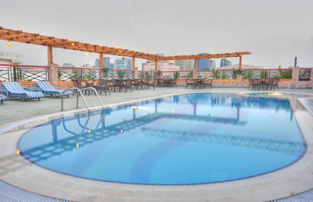 фотографии Summit Hotel (ex. Hallmark Hotel; Commodore; Le Baron) изображение №28