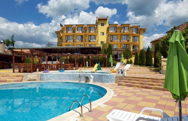 фото отеля Yalta (Ялта) изображение №1