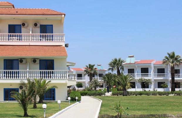 фотографии Kamari Beach изображение №4