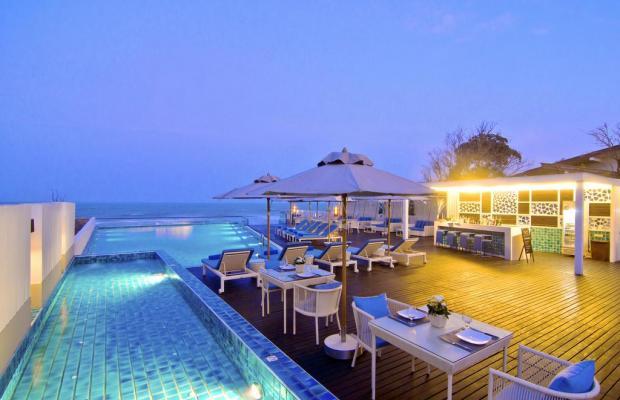 фото отеля The Rock Beach Resort and Spa изображение №1
